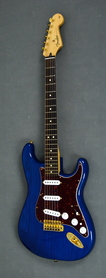 Fender Deluxe Player Strat Sapphire Blue Transparent