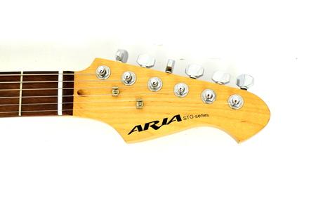 Aria STG Series Natural Gitara Elektryczna (7)