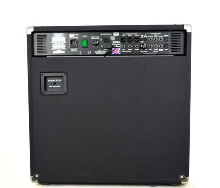 TRACE ELLIOT 1210 500W Combo Basowe (5)