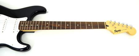 Fender Squier Bullet Stratocaster HSS Gitara Elektryczna (3)