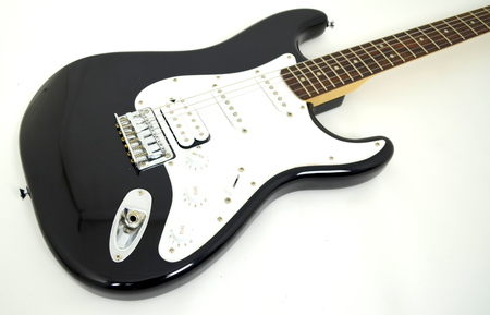 Fender Squier Bullet Stratocaster HSS Gitara Elektryczna (4)
