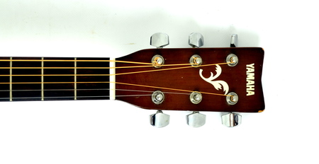 Yamaha F310 Gitara Akustyczna (4)